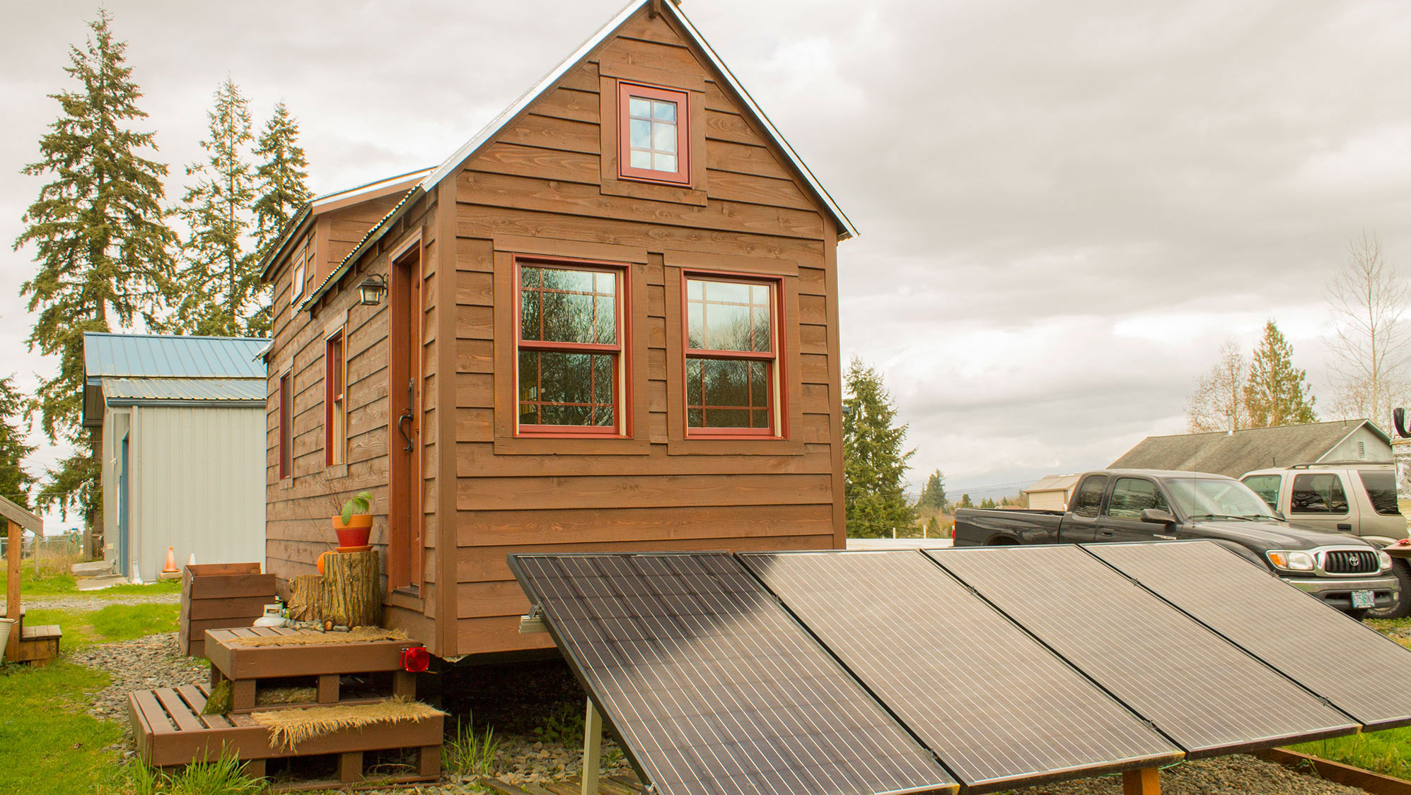 The couple that quit renting to live in a tiny house / Boing Boing
