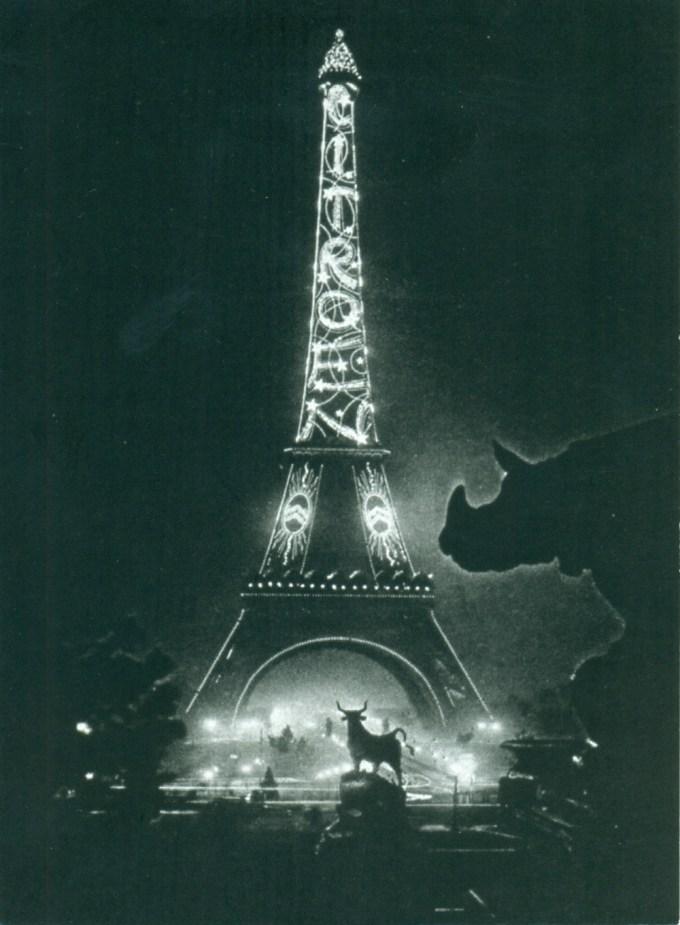 illumination-de-la-tour-eiffel-2