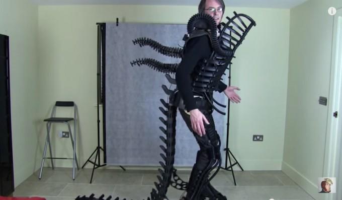 WATCH: 3D Printed Alien Xenomorph costume / Boing Boing