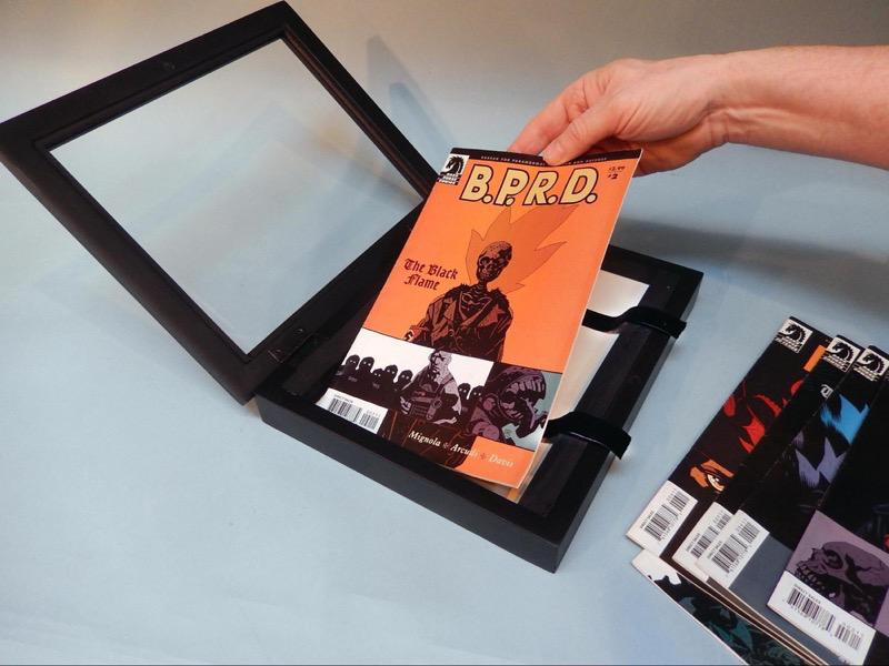 Make this display frame that holds 10 comic books / Boing Boing