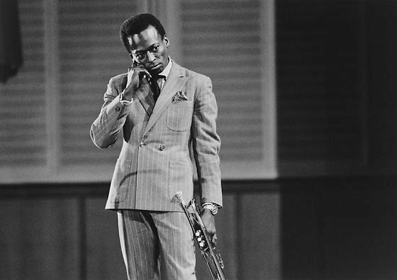 LR-METRO-0502 Miles Davis