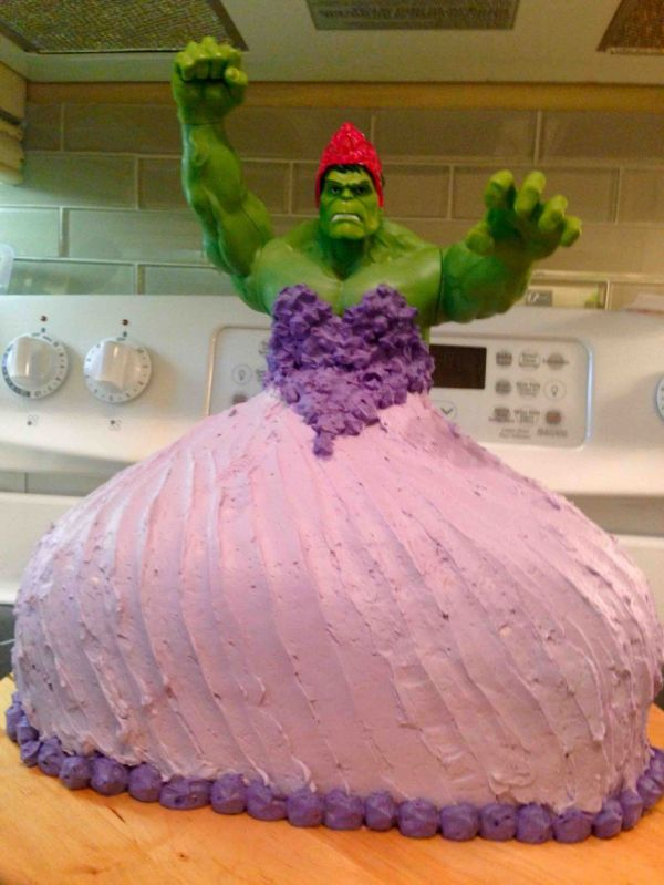 4 Year Old Twin Girls Request Hulk Princess Cake Get One Boing