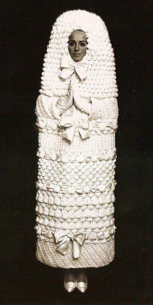1960s-chris-wild-yves-saint-laurent-wedding-dress-in-the-retronaut-1357479954_b