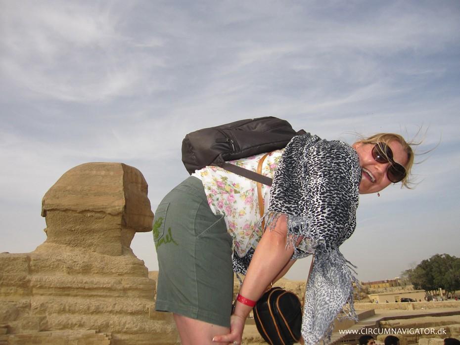 kiss-my-ass-Sphinx