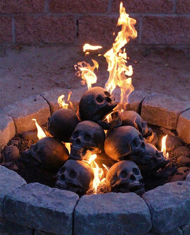 Fireproof BBQ pit skulls