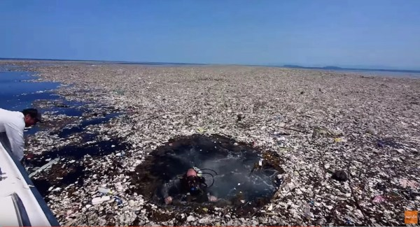 Garbage Isn T Destined To Swirl In The Ocean Forever New Models Show It Eventually Washes Up On S