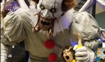 The worst Halloween animatronic (NSFW, NSFL)