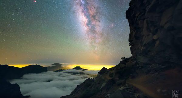 Awe-inspiring timelapse of galaxies sparkling in the skies