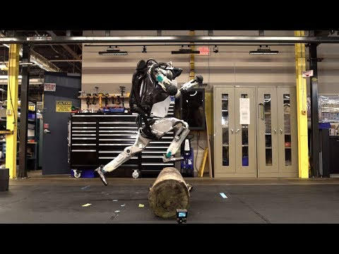 Incredible video of Boston Dynamics' Atlas robot doing parkour