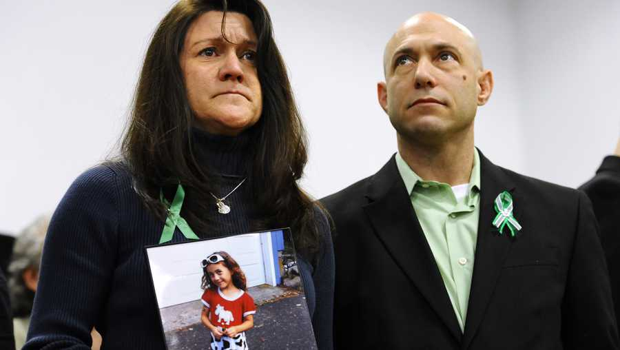 Father of Sandy Hook victim dead of an apparent suicide