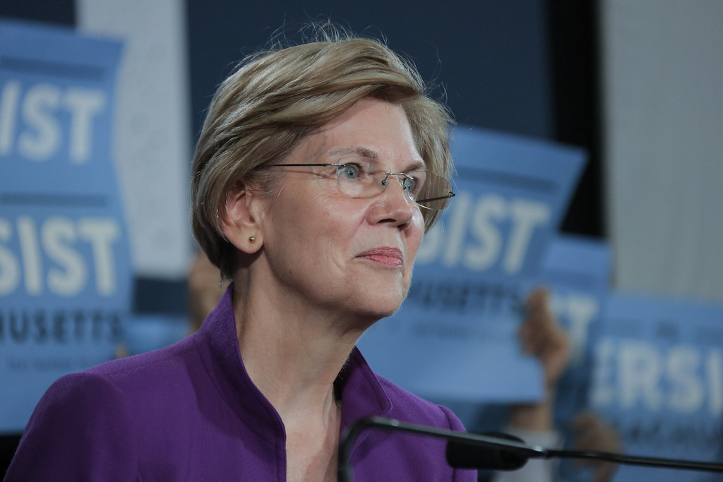 Elizabeth Warren is first 2020 candidate to call for Trump's impeachment