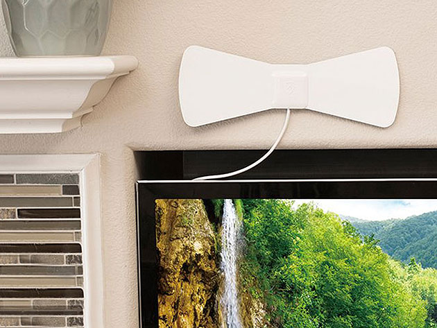 Get free HDTV the old school way with this indoor antenna