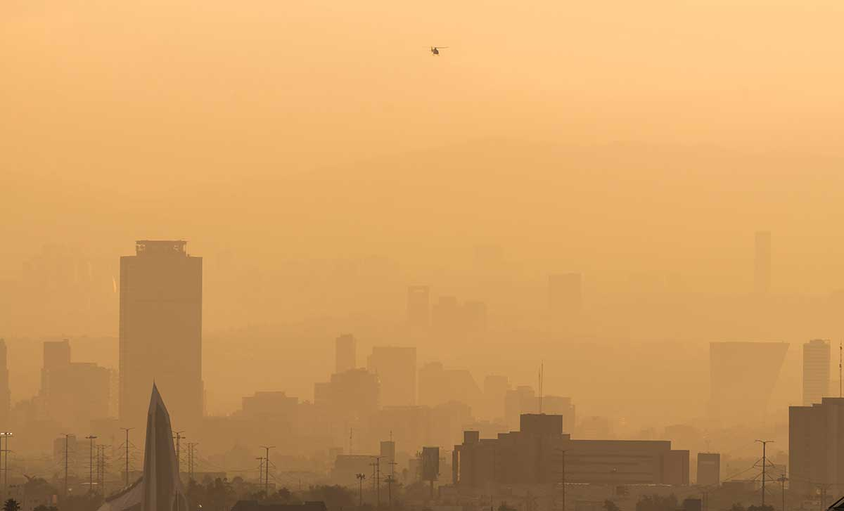 The smog is so bad in Mexico City that officials are telling people to stay indoors