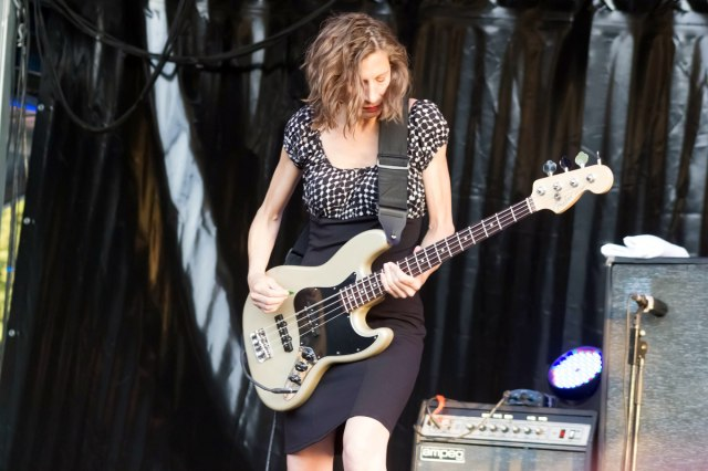Podcast interview with Maureen Herman, former bassist for Babes in Toyland