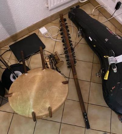 US Customs destroys the instrument of renowned Mali musician Ballaké Sissoko