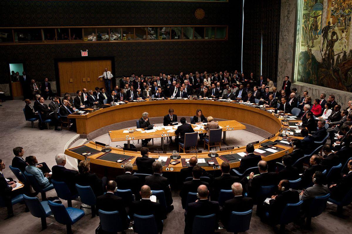 1280px-Barack_Obama_chairs_a_United_Nati