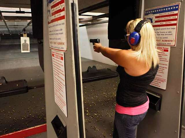 https://i2.wp.com/media.breitbart.com/media/2015/07/young-woman-at-gun-range-AP-640x480.jpg