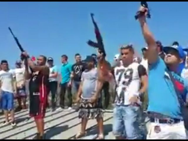 Inmates Show Off Weapons Arsenal In Venezuela Prison