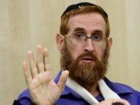 Rabbi Yehuda Glick, a hardline campaigner for Jewish prayer rights at the al-Aqsa mosque compound, gives a press conference at Shaare Zedek hospital in Jerusalem, on November 24, 2014.