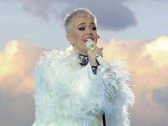 Katy Perry in Manchester: 'Touch the Person Next to You' and Tell Them 'I Love You' to Help 'Conquer Hate'