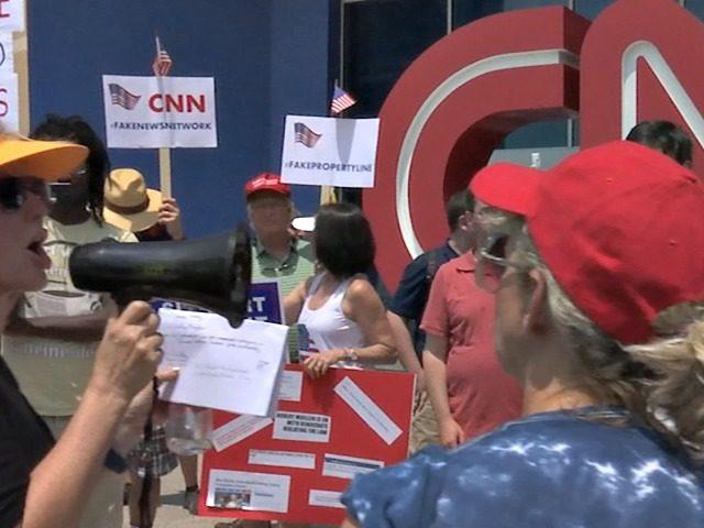 https://i2.wp.com/media.breitbart.com/media/2017/07/CNN-Protesters-640x480.jpg