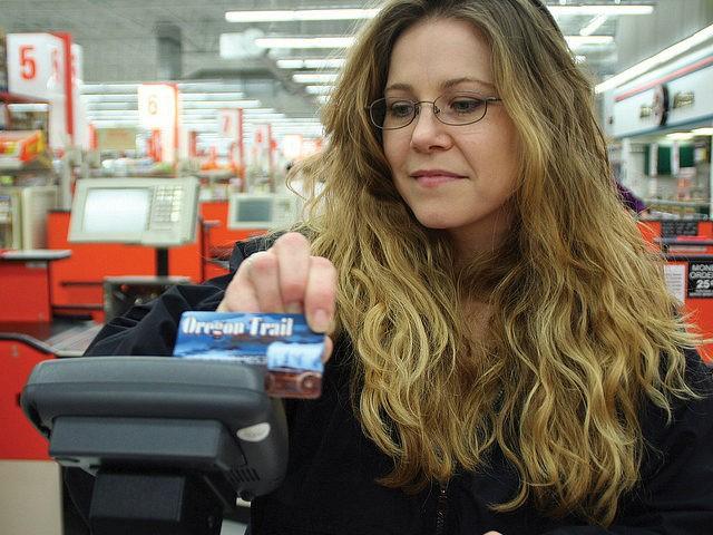 https://i2.wp.com/media.breitbart.com/media/2017/10/oregon-food-stamps-card-ebt-snap-flickr-640x480.jpg