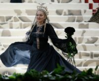 Special parking arrangements for US pop diva Madonna in the Portuguese capital Lisbon have sparked a political row including a warning to the mayor that the city does not belong to him