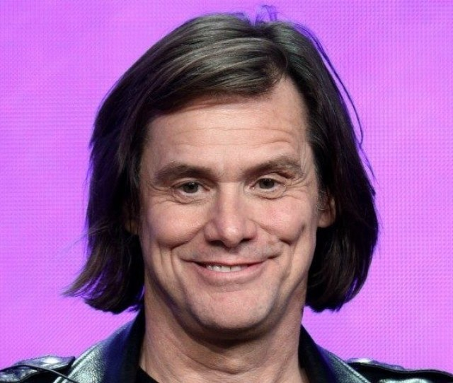 After Painting Trump Burning At The Stake Jim Carrey Accuses Trump Of Inciting Civil Unrest