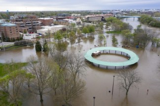 1 Michigan Dam Breached, Another at Risk Amid Midwest Floods
