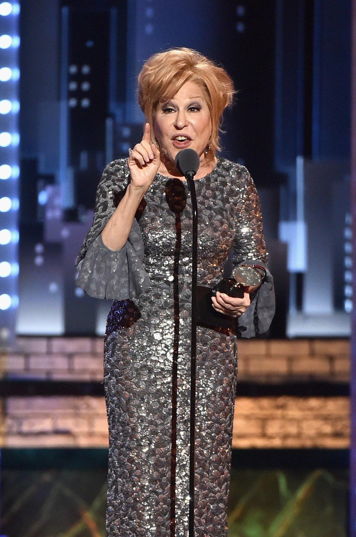 , Rabid Anti-Conservative Bette Midler to Be Kennedy Center Honoree, Nzuchi Times Breitbart