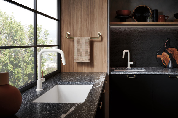 pull down prep faucet with square spout