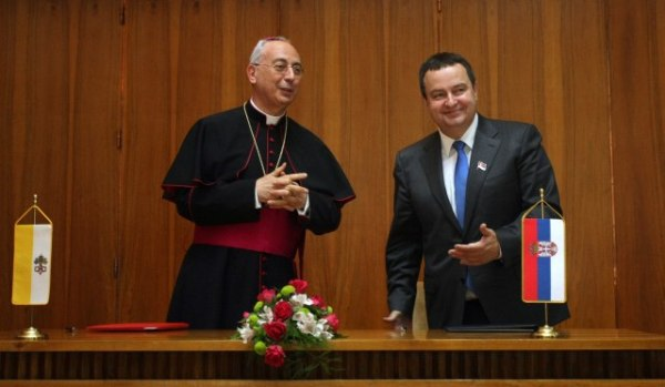 Ivica Dačić i nadbiskup Dominik Mamberto