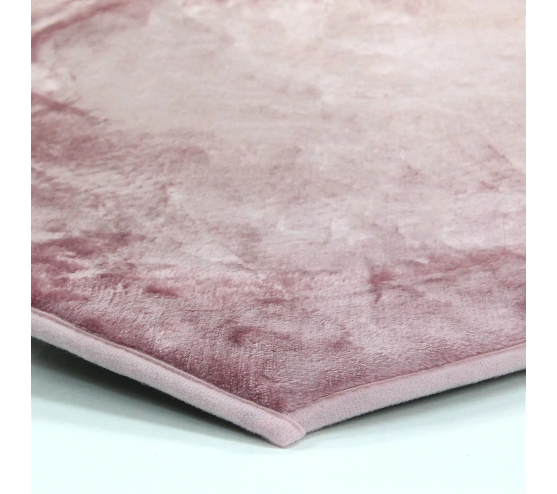 tapis forme coeur extra doux rose 90x85 flanelle