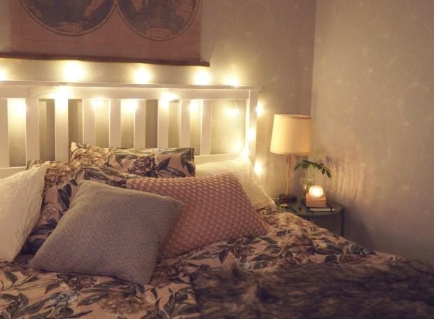 Prioriterar din sömn bättre med ett städat sovrum, en skön säng, mjuka sängkläder och mysig belysning