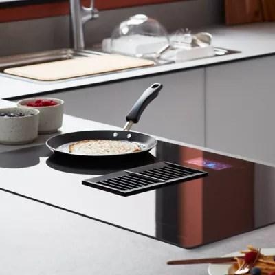 plaque de cuisson a induction avec hotte integree goodhome ghihef77 zone flexible