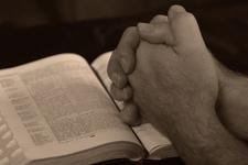 prayer hands - mains de prière