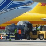 Engine arrives for stranded cargo plane