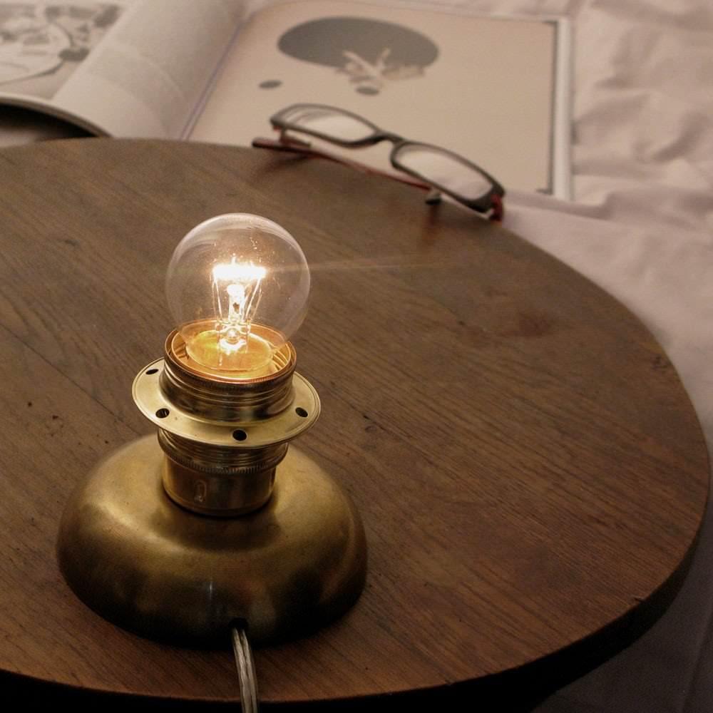Lampe de chevet - Petit vaisseau Spatial  Anaël Engel : 135€
