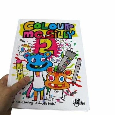 4402-cahier-de-coloriage-color-me-silly