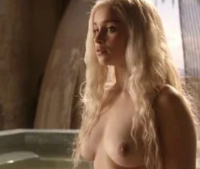 Emilia Clarke Celeb Masta 96