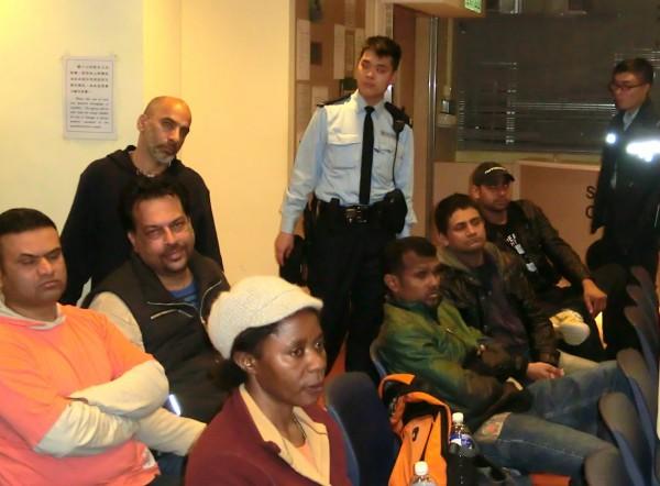 難民聯會開會,討論下一步的行動