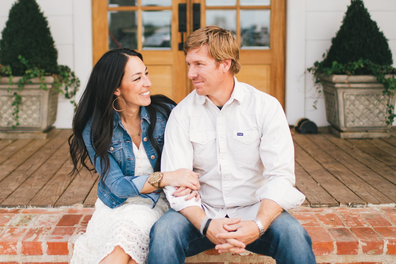 Hgtv S Quot Fixer Upper Quot Stars Chip And Joanna Gaines Coming