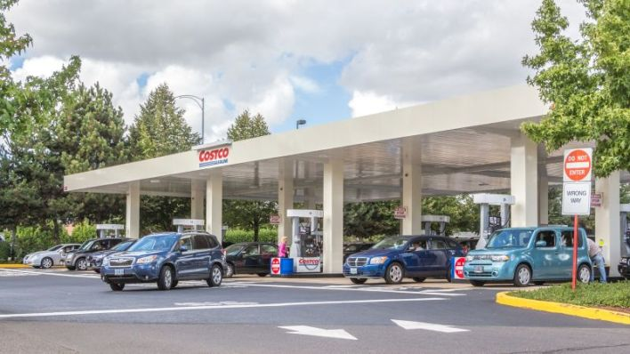 Earn bonus cash back on gasoline purchases, both at Costco and other gas stations.