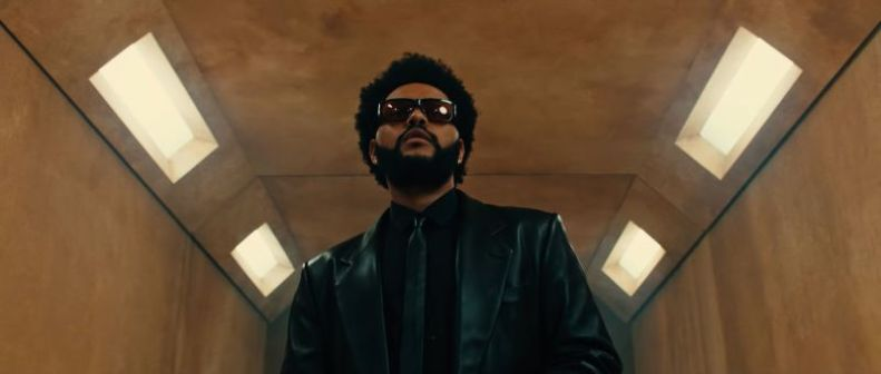 The Weeknd has debuted a new music video.
