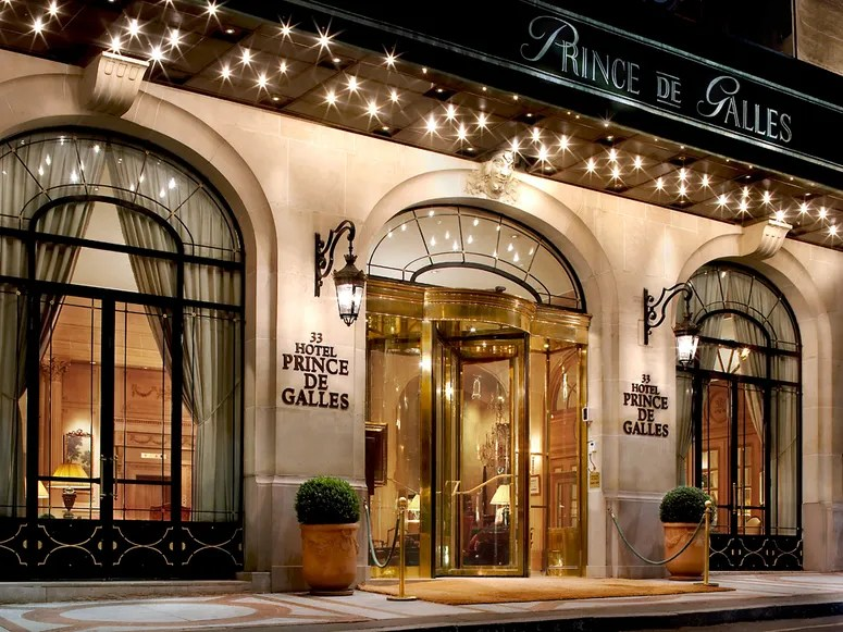 """Prince de Galles, a Luxury Collection hotel, Paris""的图片搜索结果"