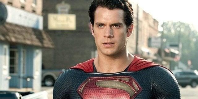 Супермен откладывается в долгий ящик, чтобы дать дорогу фильму о Супергерл