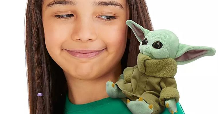 baby-yoda-shoulder-sitter-plush-top-2