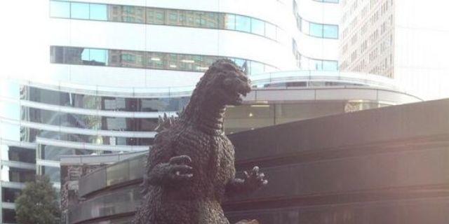 Godzilla Photobombs The Walking Dead