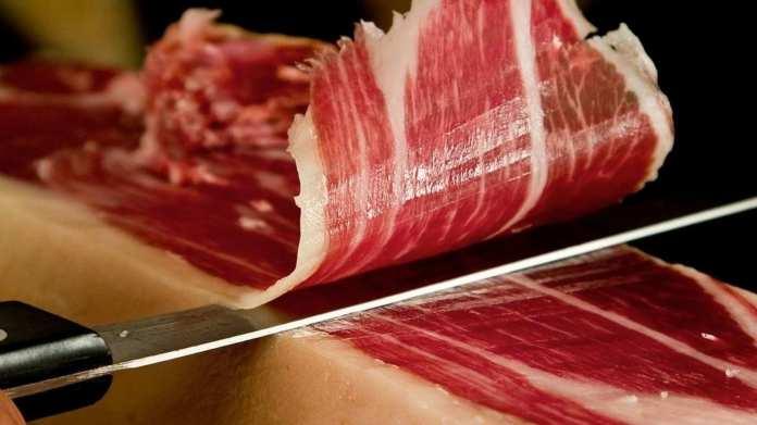 Cómo diferenciar un jamón ibérico de un jamón serrano? | Comer