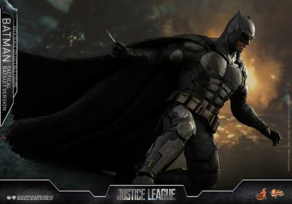 JL Tatctical Batman (20)